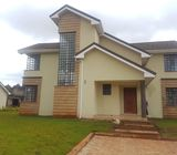 4 Bedroom, all ensuite, Modern Townhouse  located in Kitisuru