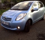 toyota vitz for sale call 0712133722